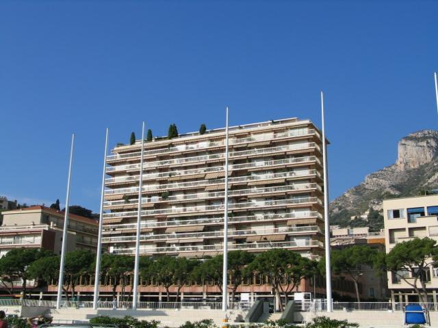 Апартамент на первой линии моря в Монако