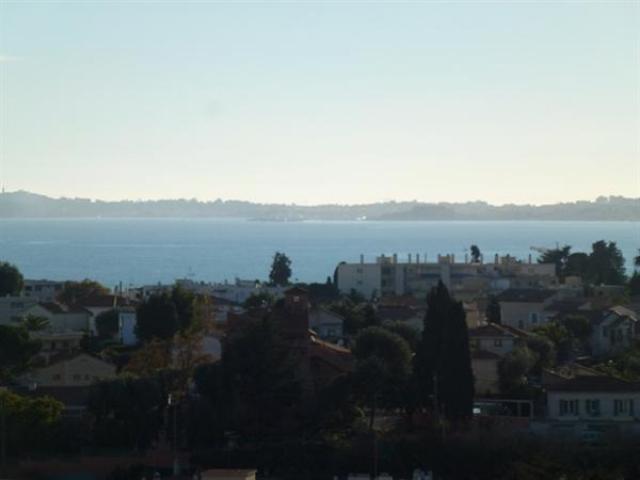 Земельный участок с видом на море