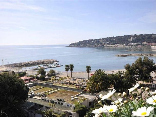 квартира с видом на море пляж