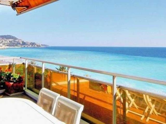 Роскошный апартамент на Promenade des Anglais, Ницца