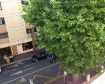 Вид с балкона на улицу, Канны