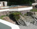 Территория виллы с бассейном