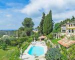 Роскошное поместье в Ницце с бассейном и садом