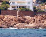 Недвижимость во Франции. Спуск к морю в Maison