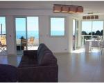 квартира в рокбрюн. гостиная с видом на море