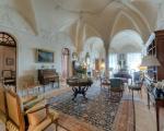 Продажа старинной виллы в Ницце